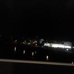 Osaka τη νύχτα μέσα από το τρένο