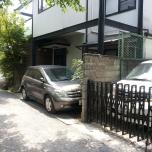 χώροι στάθμευσης στα μέτρα των αυτοκινήτων ακριβώς ή το ανάστροφο?